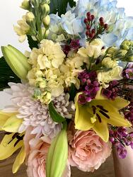 Pastel Shades Designer's Choice from Wyoming Florist in Cincinnati, OH